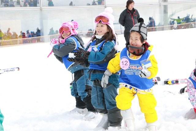 雪上遊びも楽しいよ!