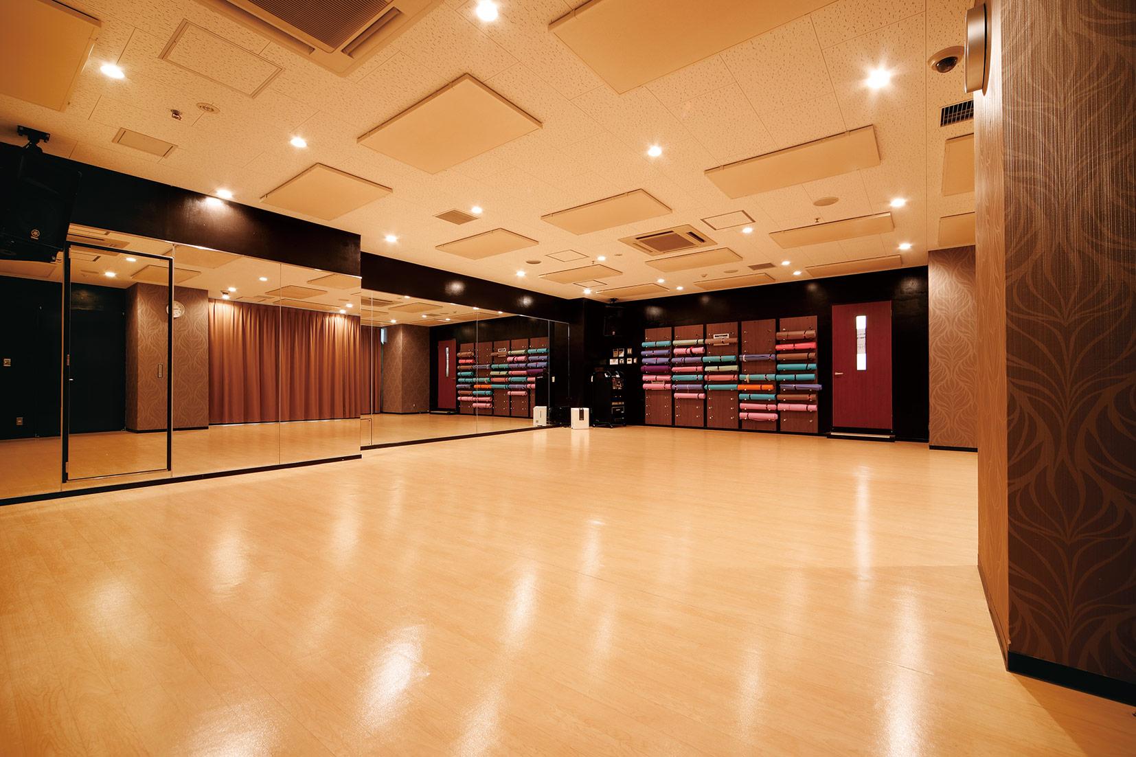 スタジオ ヨガピス 本八幡店の画像