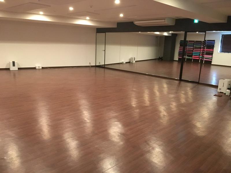 ホットヨガ スタジオヨガピス灘店の画像